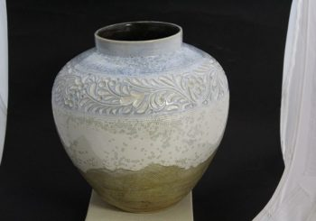 Piezas cerámicas de la serie Aire